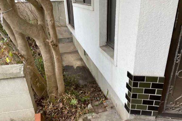 建物まわりの植木鉢や細々したももスッキリ