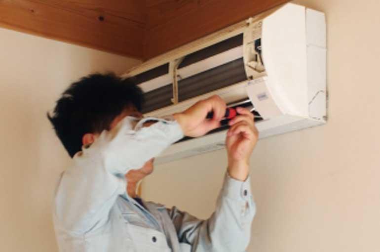 エアコンの撤去工事