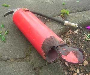 消火器の事故