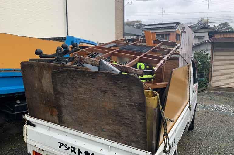 軽トラック満載の不用品